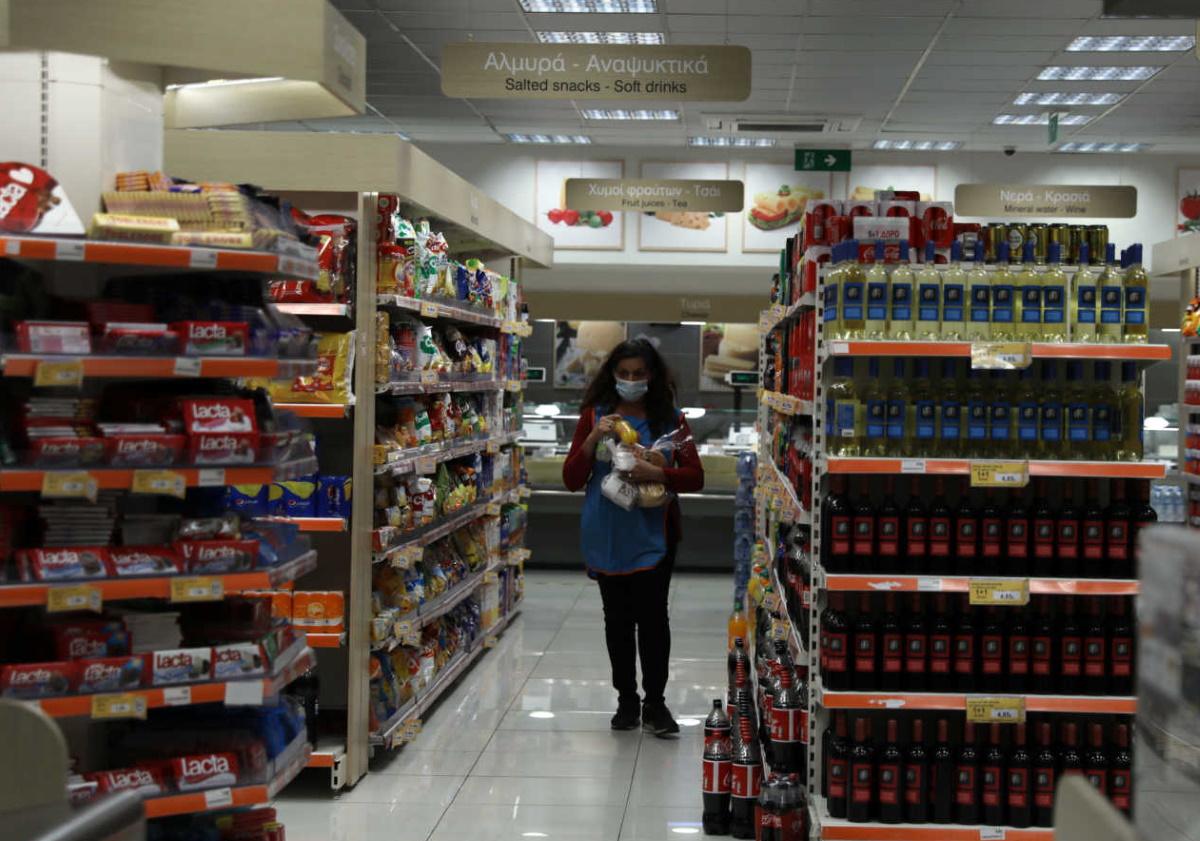 Κορονοϊός: Είναι τα σούπερ μάρκετ και τα σχολεία, εστίες μετάδοσης;