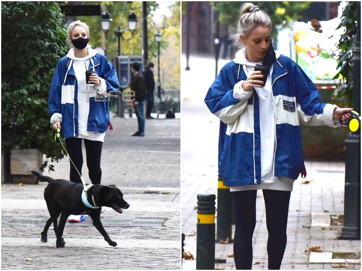 Ιλένια Ουίλιαμς: Με casual look απολαμβάνει τις βόλτες της! Πού την εντόπισε ο φωτογραφικός φακός του TLIFE;
