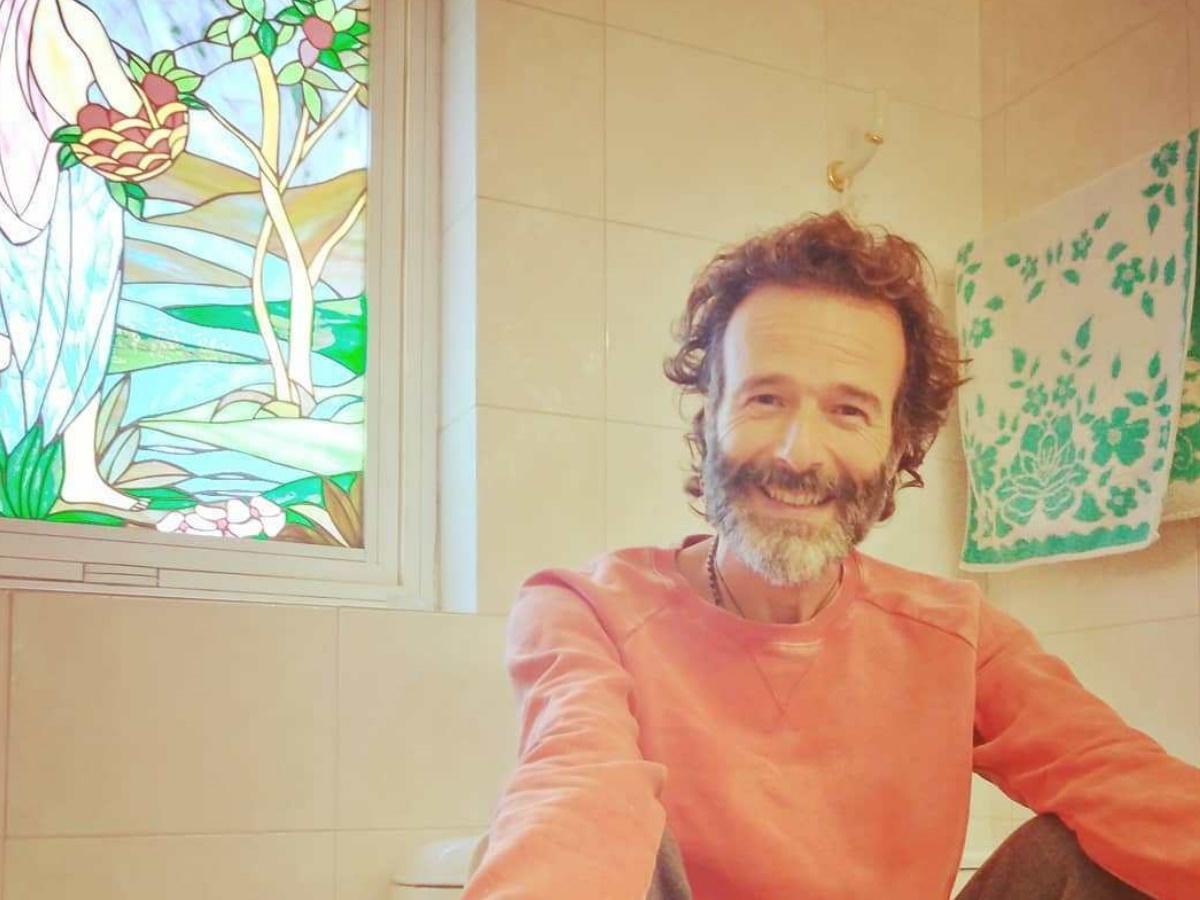 Θανάσης Ευθυμιάδης: Τι συνέβη με το προφίλ του στο Instagram μετά την επίμαχη ανάρτηση από την… τουαλέτα;