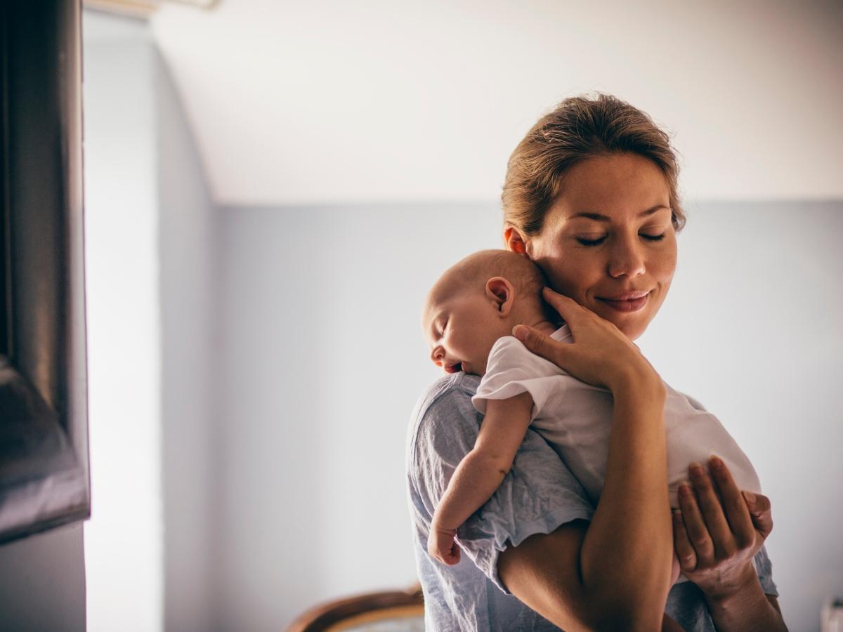 Όσα πρέπει να ξέρεις για τις πρώτες ημέρες το μωρού στο σπίτι! Οι συμβουλές του Δρ. Σπύρου Μαζάνη