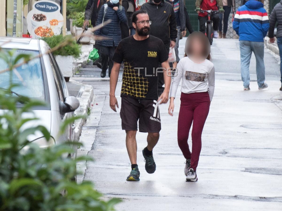 Τάσος Νούσιας: Με την μονάκριβη κόρη του για τρέξιμο στο κέντρο της Αθήνας! – Οι φωτογραφίες που εξασφάλισε το TLIFE