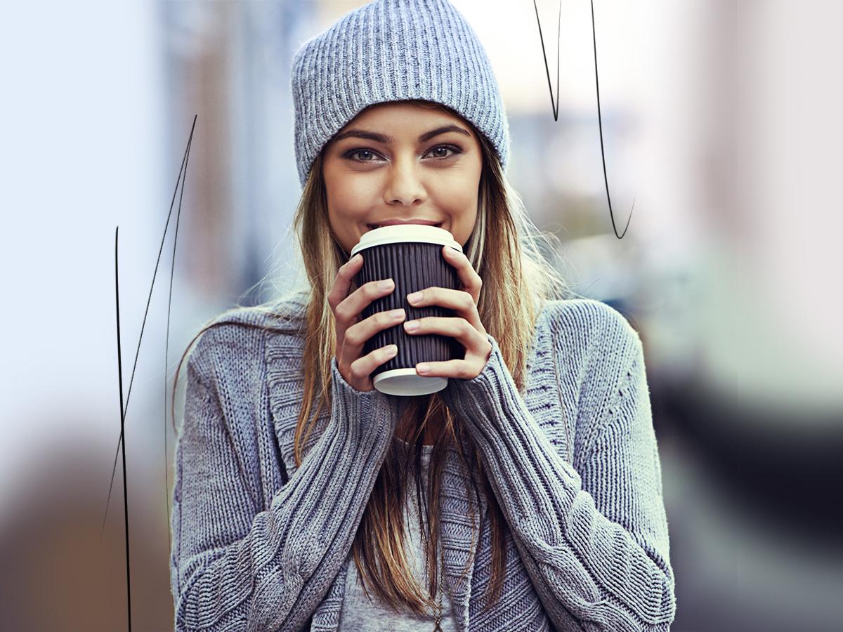 Οι πιο εύκολοι τρόποι να ενυδατώσεις το σώμα σου τώρα που κάνει κρύο