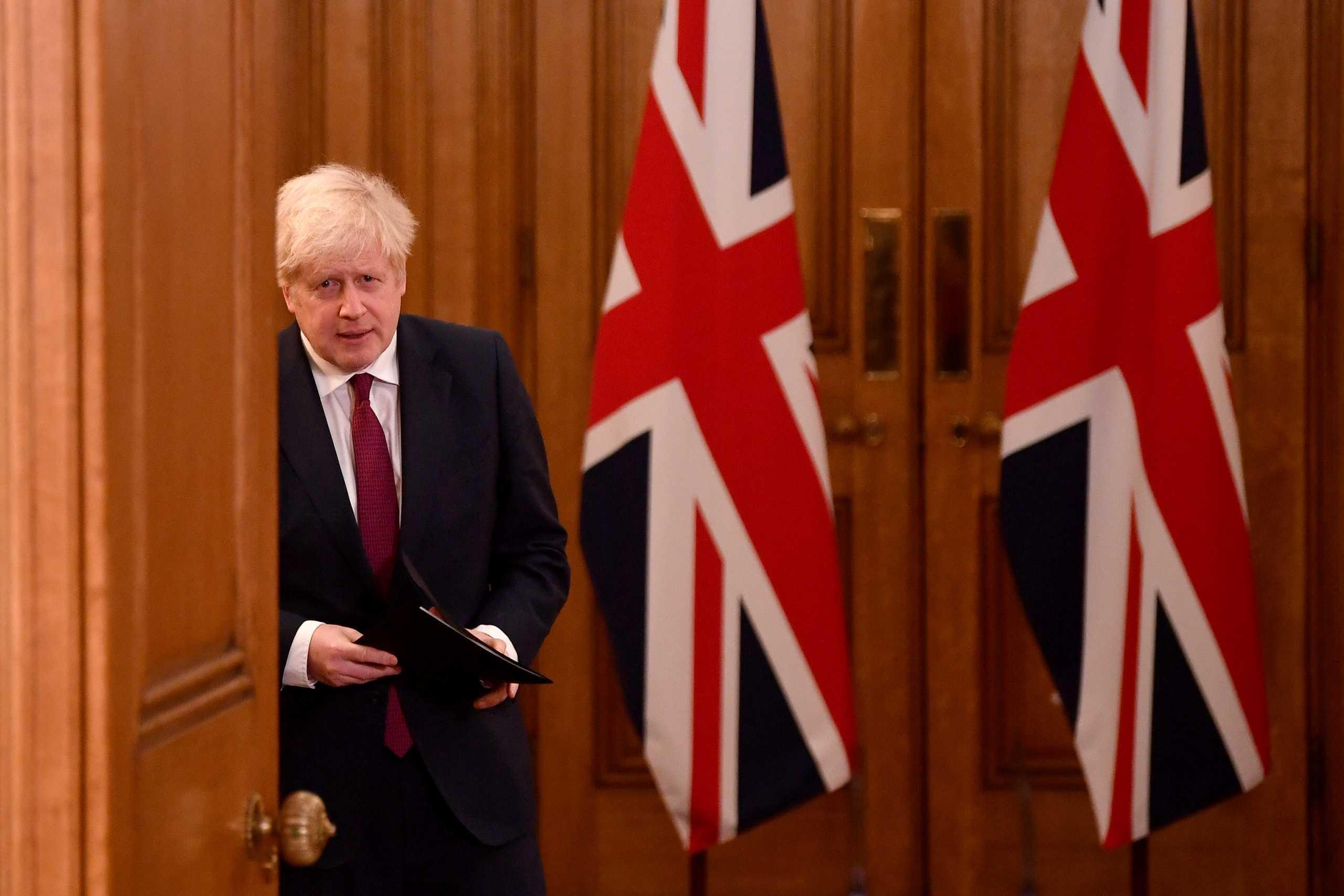 Τζόνσον: Πιο θανατηφόρα η βρετανική μετάλλαξη του κορονοϊού