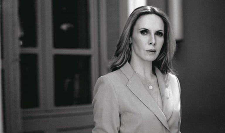"""Η Εβελίνα Παπούλια στο πλευρό των ηθοποιών που κατήγγειλαν τον Κώστα Σπυρόπουλο: """"Το πως συμπεριφέρθηκες…"""""""