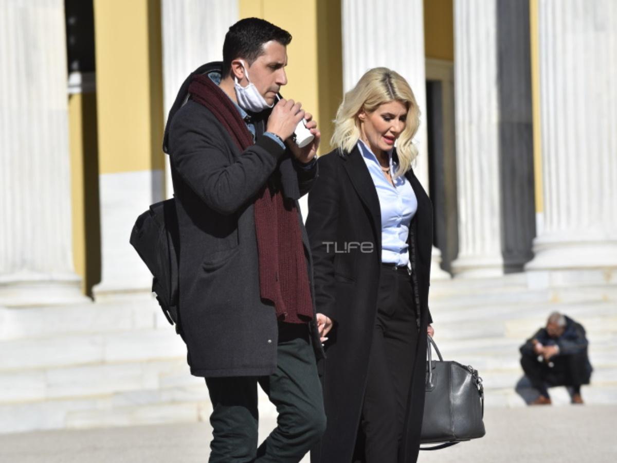 Eυή Φραγκάκη: Συνδύασε τη δουλειά με μια μικρή βόλτα στο κέντρο της Αθήνας
