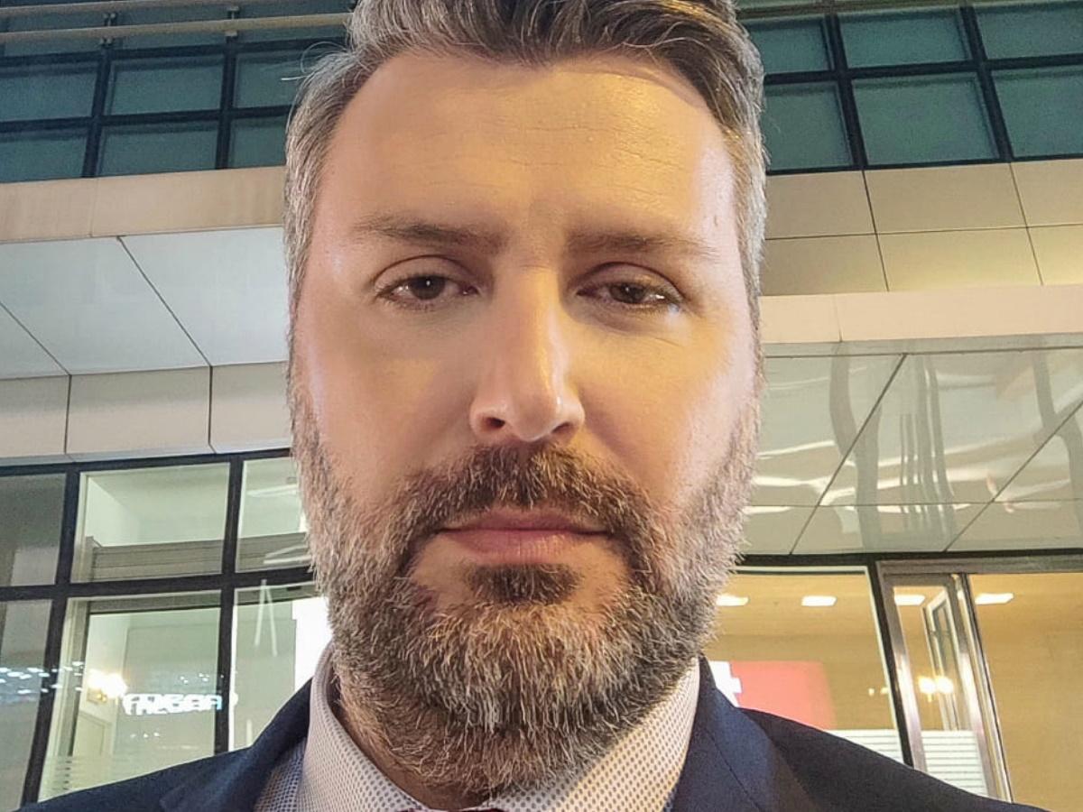 Γιάννης Καλλιάνος: Σε σοβαρή κατάσταση ο αδερφός του που νοσεί από κορονοϊό – Συγκλονίζει η ανάρτησή του