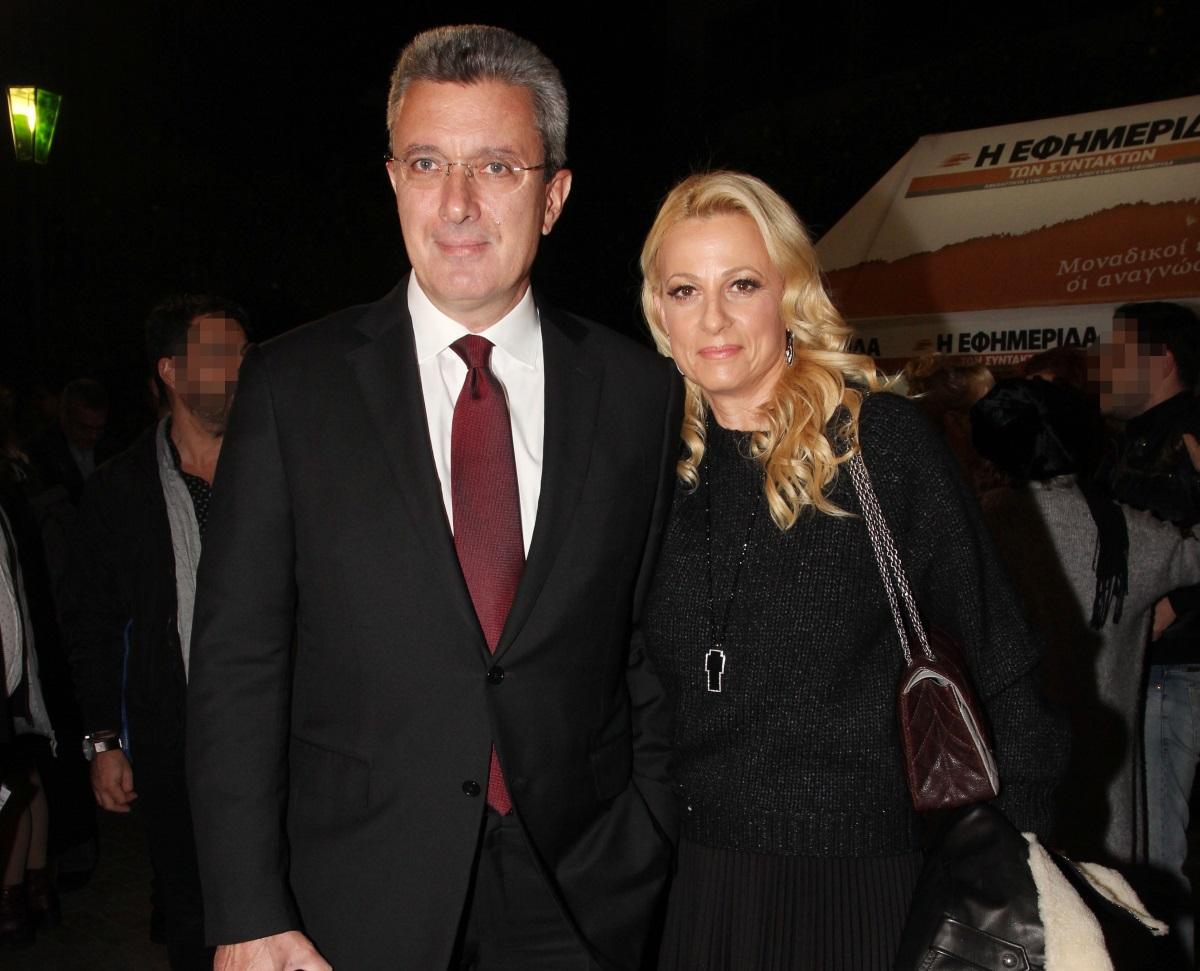 Νίκος Χατζηνικολάου: Η φωτογραφία με το τρυφερό φιλί στη σύζυγό του, Κρίστη Τσολακάκη