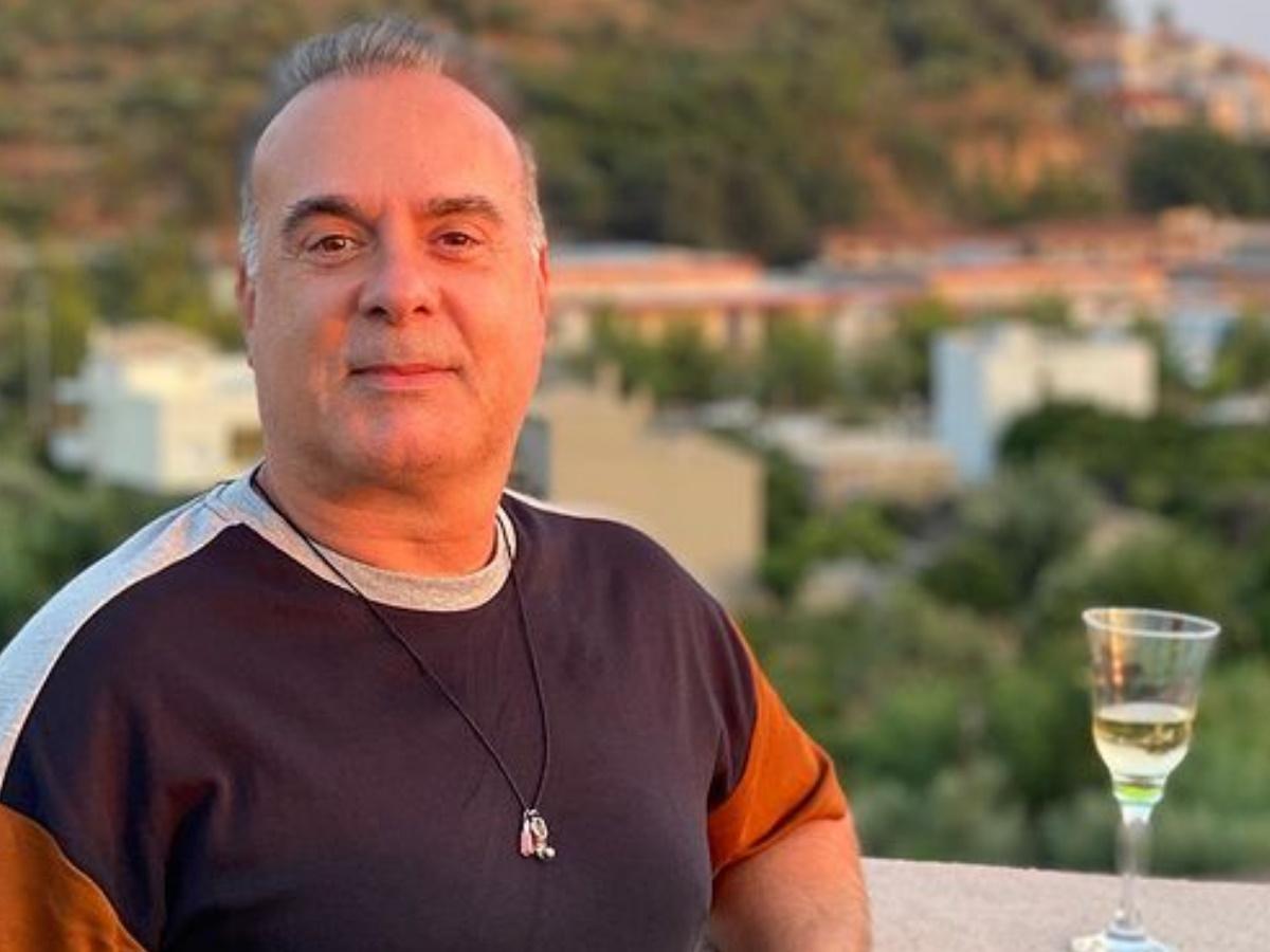 """Φώτης Σεργουλόπουλος: Παρακινεί τις ηθοποιούς να """"σπάσουν"""" τη σιωπή τους για τα περιστατικά κακοποίησης"""