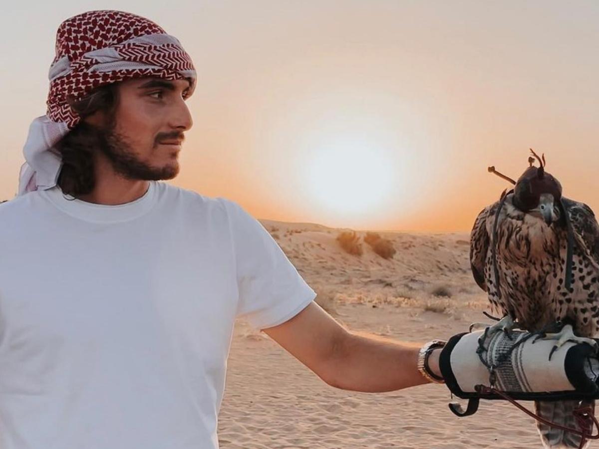 Στέφανος Τσιτσιπάς: Φωτογραφίζει τη σύντροφό του στο Ντουμπάι