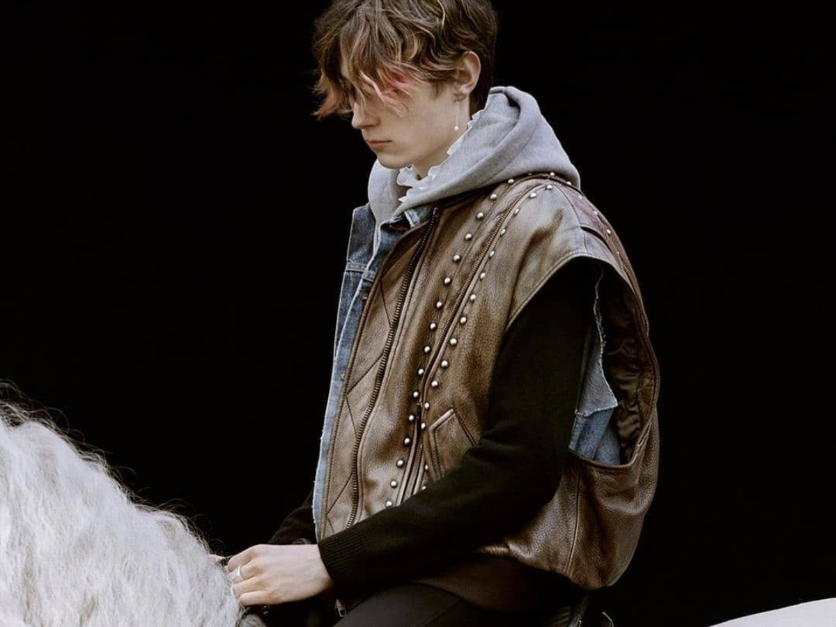 Mοντέρνοι ιππότες: Δες την νέα ανδρική συλλογή του οίκου Celine