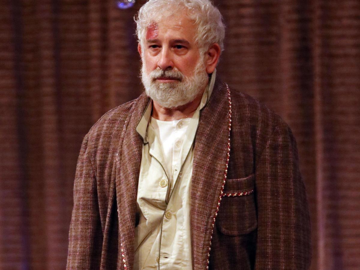 Πέτρος Φιλιππίδης: Τέλος εποχής από το θέατρο Μουσούρη