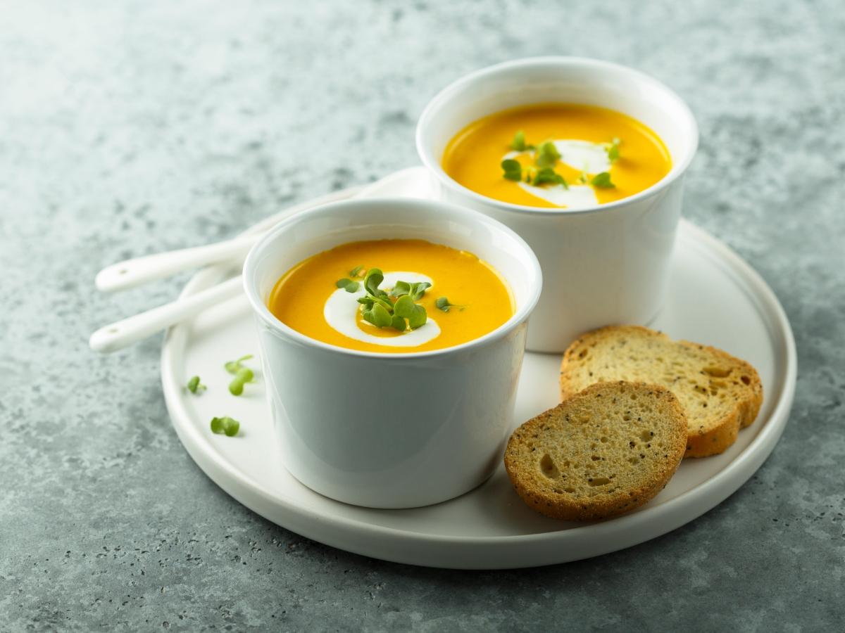 Συνταγή για κολοκυθόσουπα με γιαούρτι