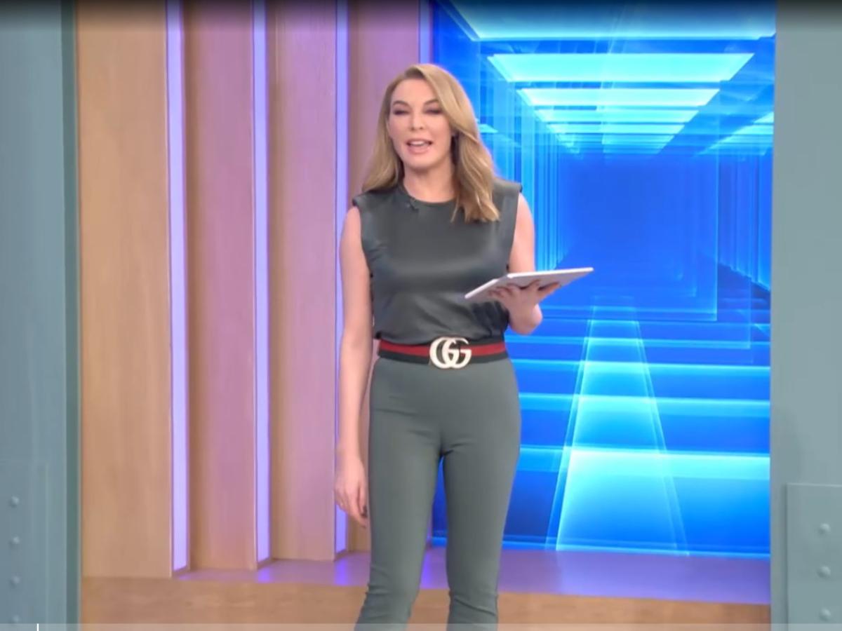 Tι φοράει η Τατιάνα στο Tlive σήμερα 1/3