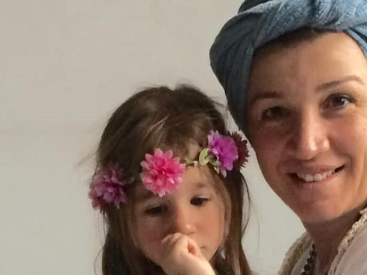 """Ραγίζει καρδιές η μητέρα της 7χρονης Αναστασίας: """"Ξύπνα νεραϊδούλα μου, σκίζεται η καρδιά μου"""""""
