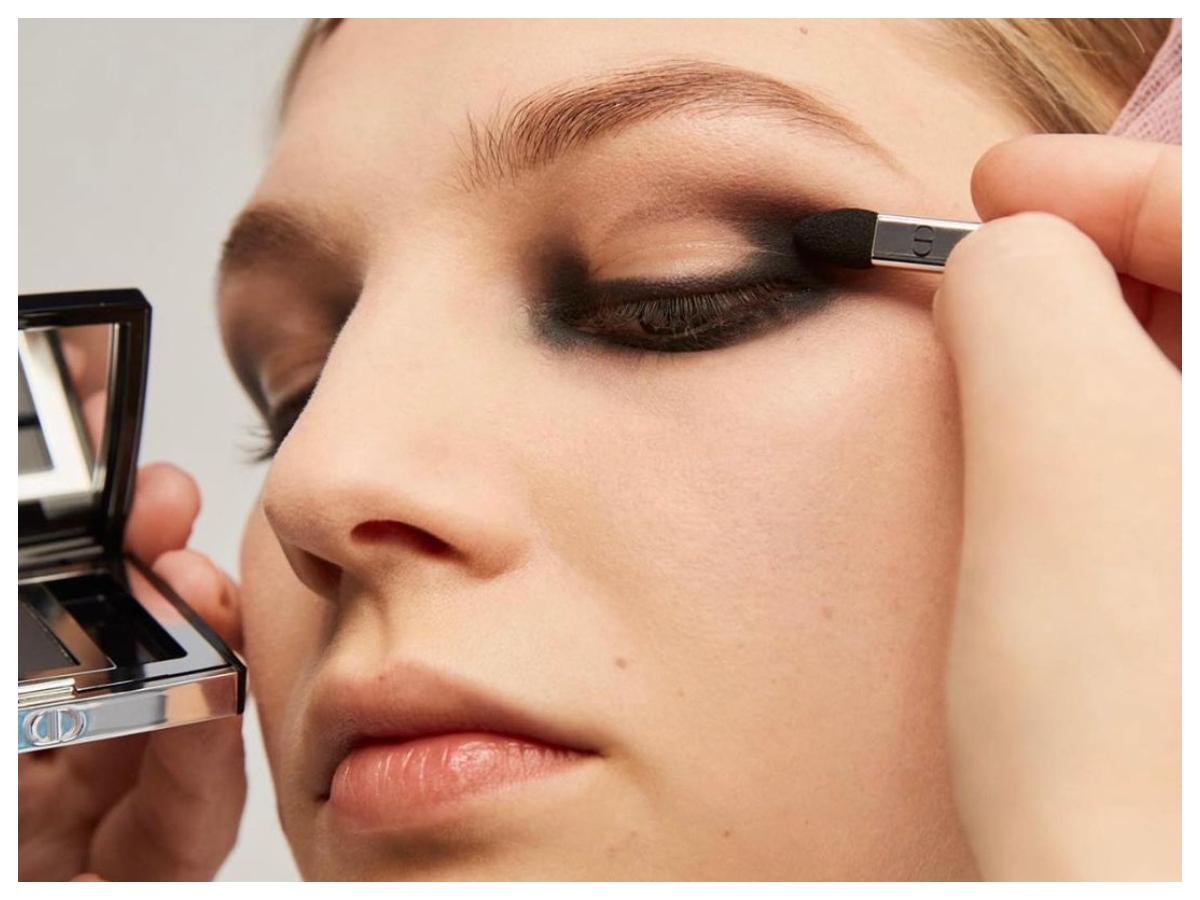 Όλες οι λεπτομέρειες για το μακιγιάζ στο τελευταίο show του Dior!