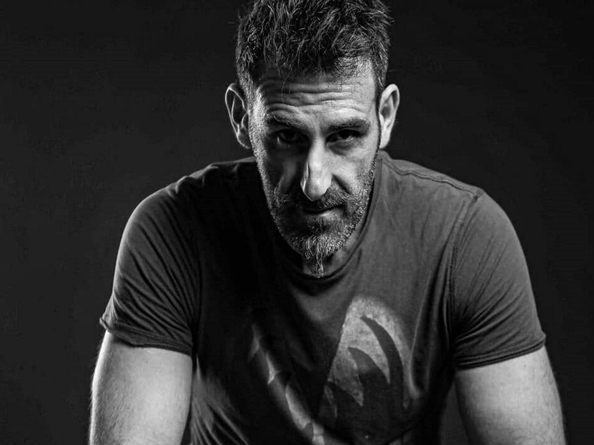 Γιώργος Κοψιδάς: Αποκάλυψε ότι ήταν Εύζωνας με μια φωτογραφία