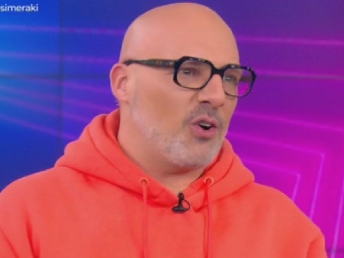 """Νίκος Μουτσινάς για τα επεισόδια στη Νέα Σμύρνη: """"Με την παραίτηση κάπως δεν το 'χουνε, φοβούνται;"""""""