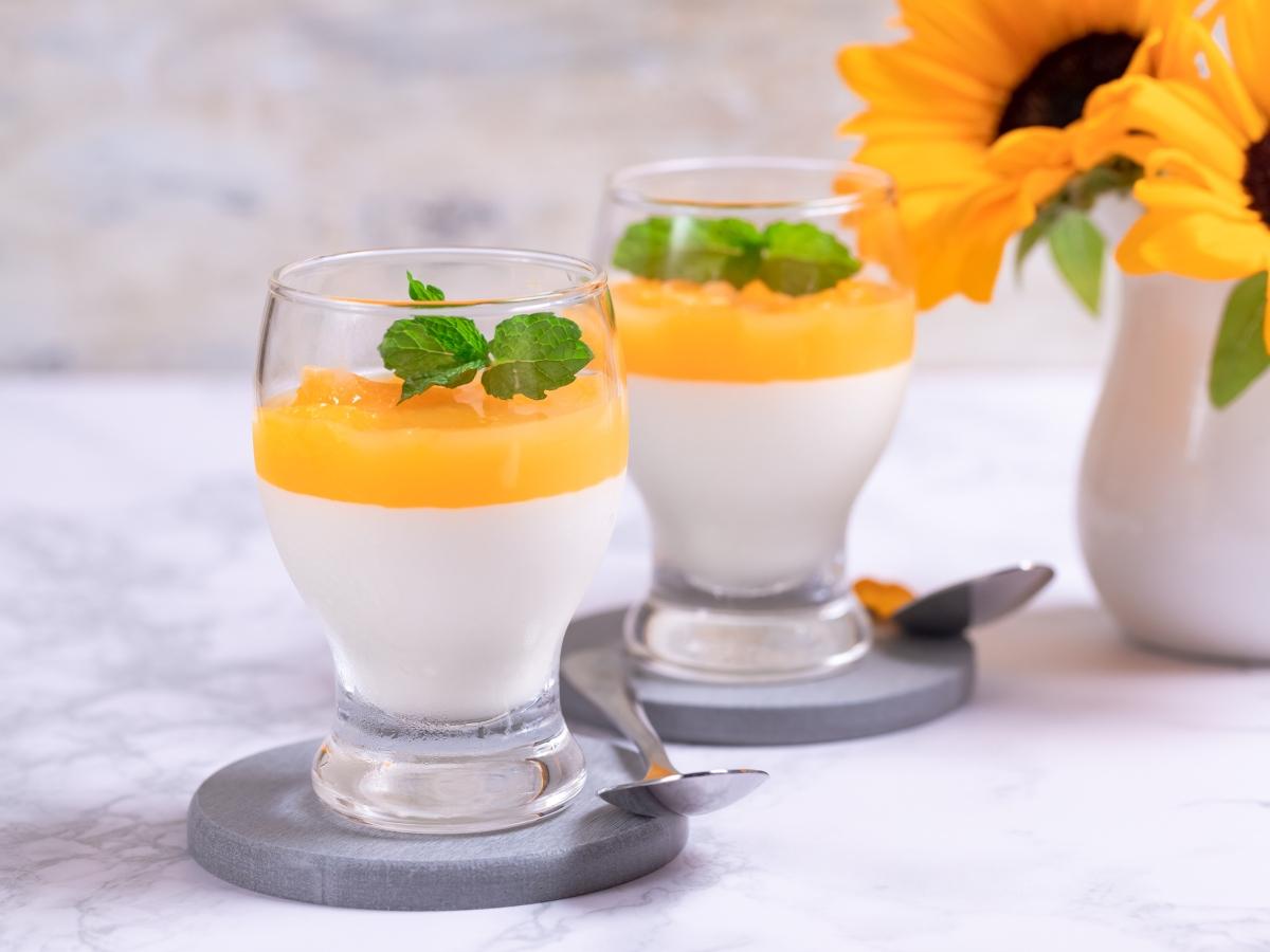 Συνταγή για πανακότα πορτοκάλι στο ποτήρι