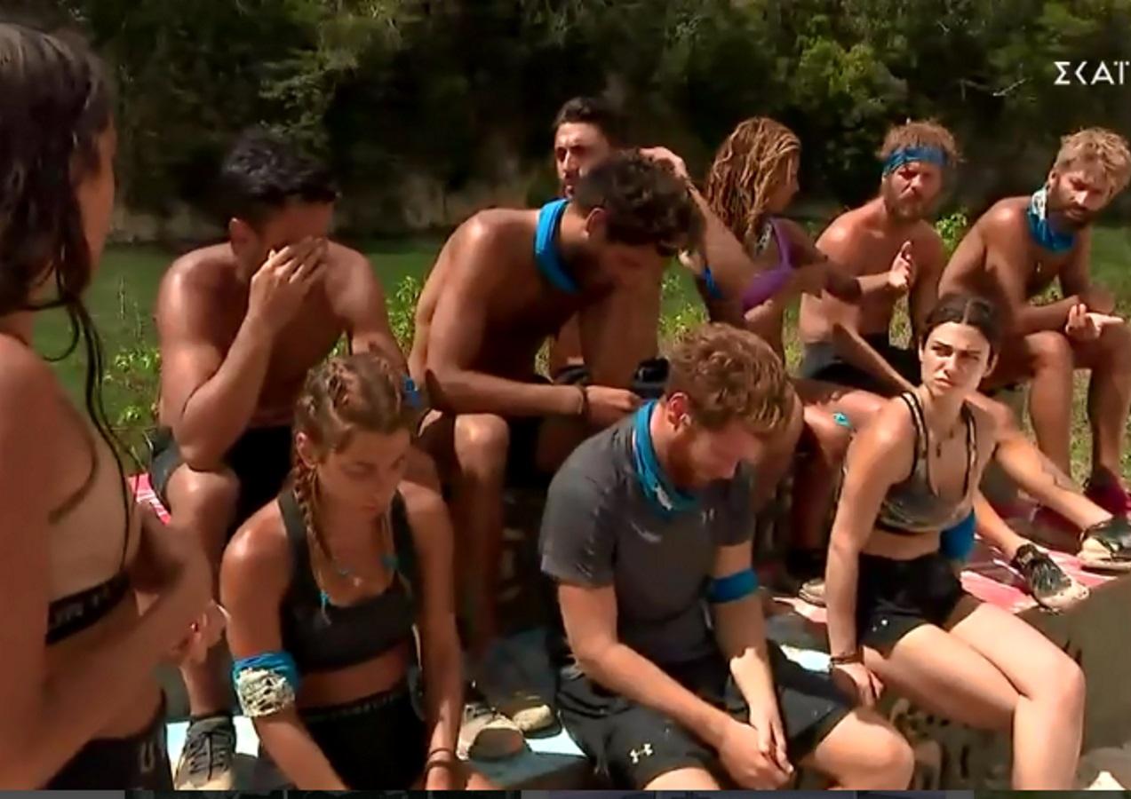 "Survivor: Χαμός στη μπλε ομάδα – Αλέξης και Chris ""καρφώνουν"" την Άννα Μαρία"