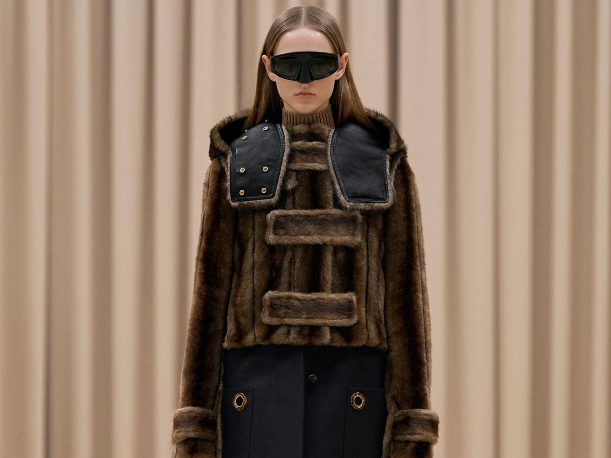 Στο show του Burberry είδαμε τα πιο ωραία παλτό της νέας σεζόν