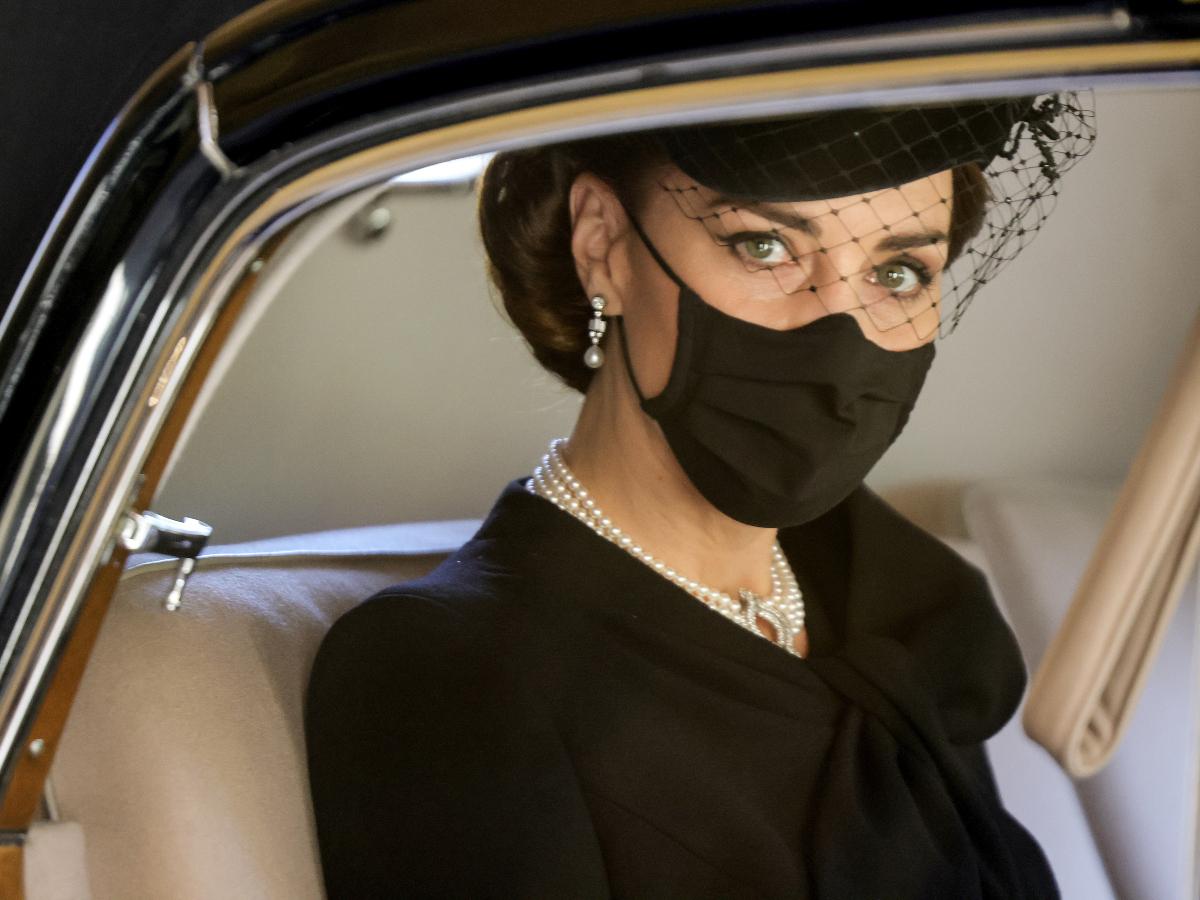 H Kate Middleton τίμησε την βασίλισσα Ελισάβετ με την εμφάνιση της στην κηδεία του Πρίγκηπα Φίλιππου