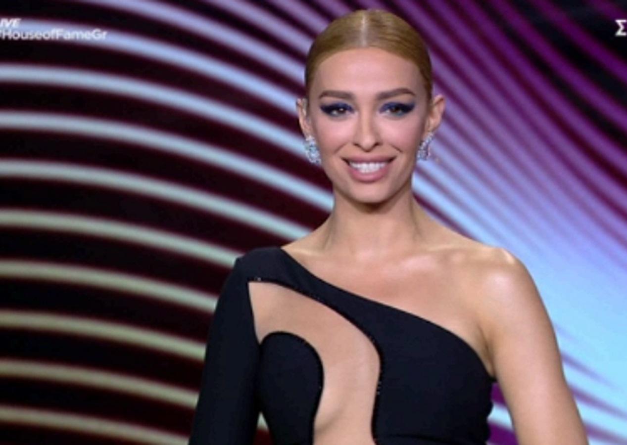 Ελένη Φουρέιρα: Τι κοινό έχει με την Irina Shayk στο live του «House Of Fame»
