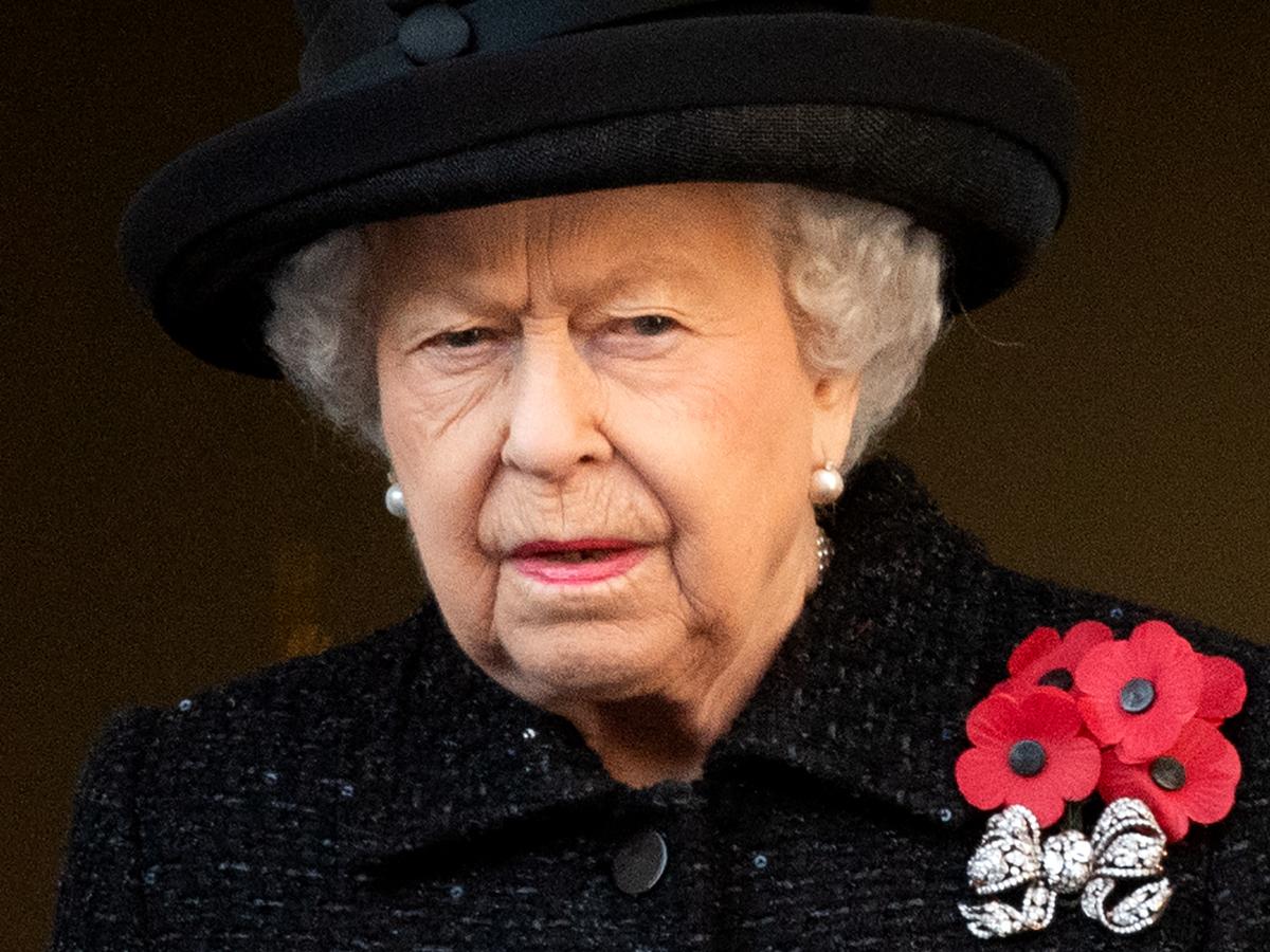 H Bασίλισσα Ελισάβετ  θα επιλέξει ένα κόσμημα με πολύ νόημα στην κηδεία του Πρίγκηπα Φίλιππου