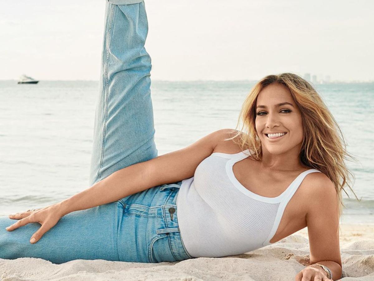 H Jennifer Lopez σε αυτό το editorial δεν θυμίζει σε τίποτα την Super star που ξέρουμε