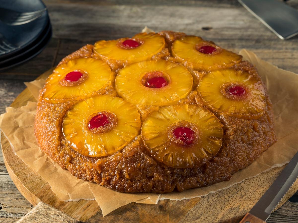 Συνταγή για ανάποδο κέικ με ανανά