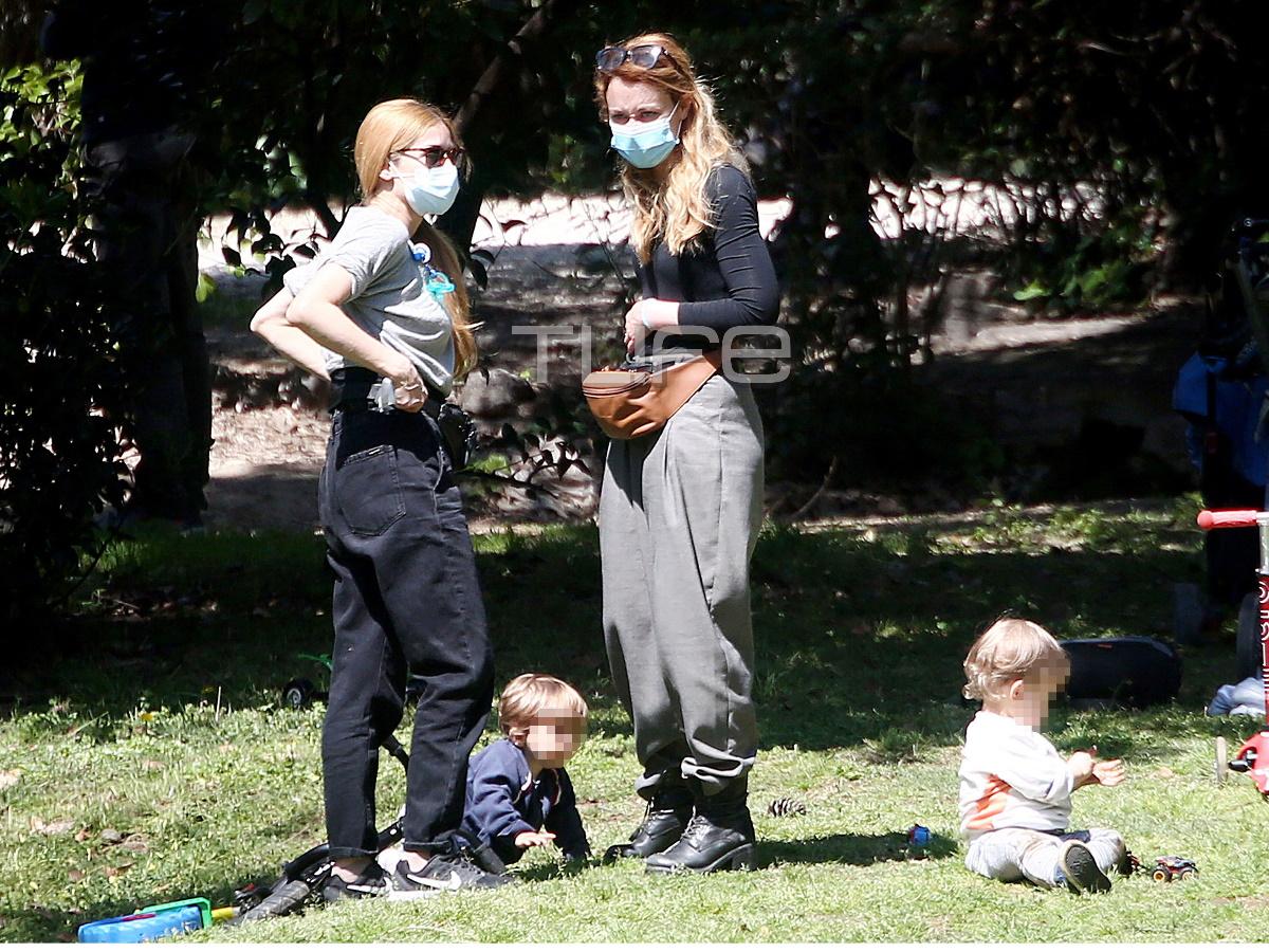 Ιωάννα Παππά – Λένα Παπαληγούρα: Με τους γιους τους στον Εθνικό Κήπο – Φωτογραφίες