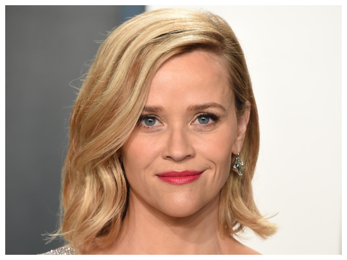 Η Reese Witherspoon μόλις έγινε πρόσωπο ενός beauty brand που ακούγεται πολύ
