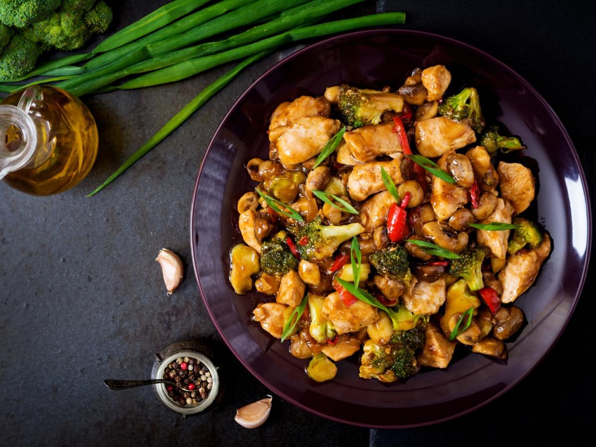 Συνταγή για κινέζικο stir fry κοτόπουλο με λαχανικά
