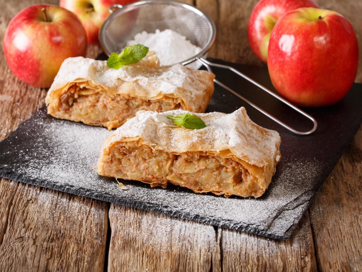 Συνταγή για νηστίσιμο στρούντελ μήλου