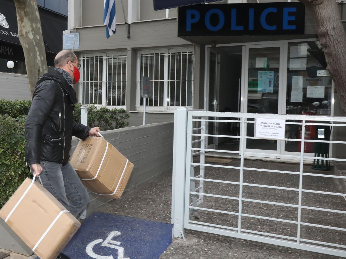 Βαλάντης: Γιατί βρέθηκε στο αστυνομικό τμήμα Γλυφάδας;