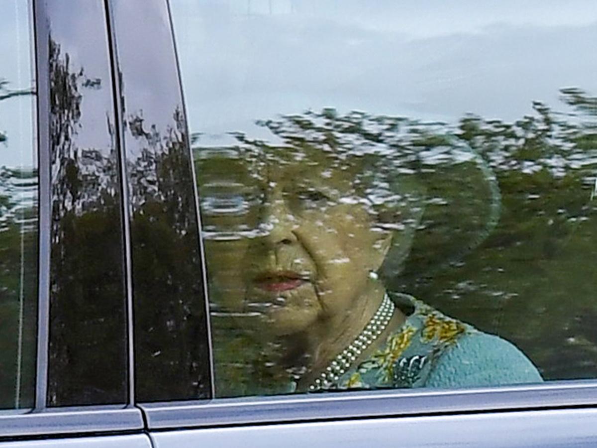 Βασίλισσα Ελισάβετ: Η πρώτη δημόσια εμφάνιση μετά τον θάνατο του Πρίγκιπα Φίλιππου