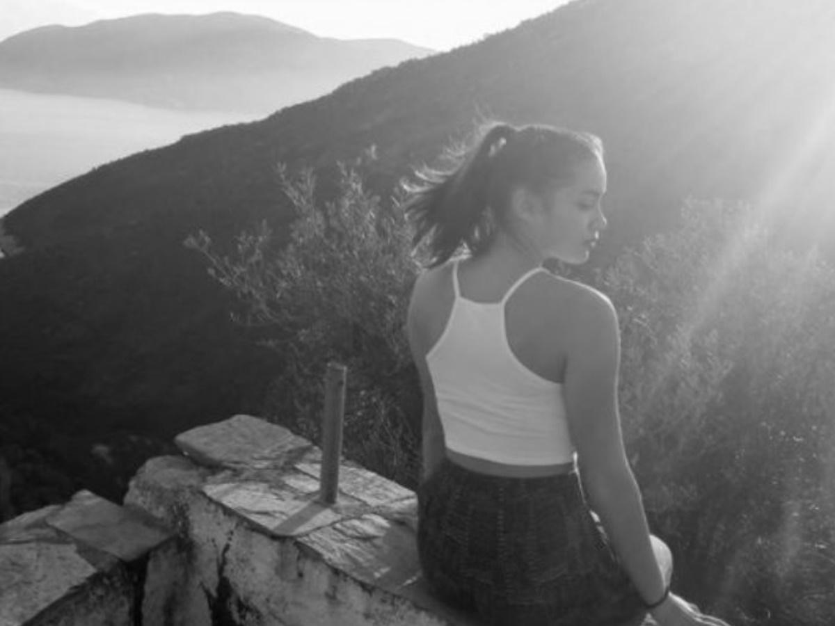 Γλυκά Νερά: Υπάρχει εμπλοκή προσώπου υπεράνω πάσης υποψίας; – Σήμερα η κηδεία της 20χρονης Καρολάιν