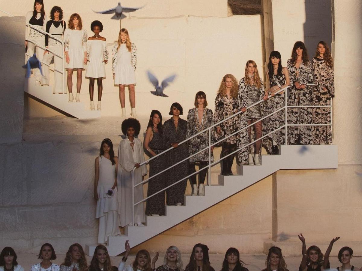 Δες το show της Chanel που έγινε σε ένα μαγευτικό location