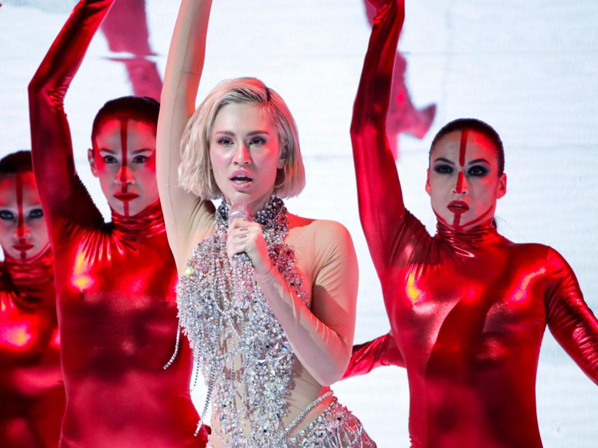 Eurovision 2021: Εντυπωσιακή η Έλενα Τσαγκρινού στη δεύτερη πρόβα της Κύπρου