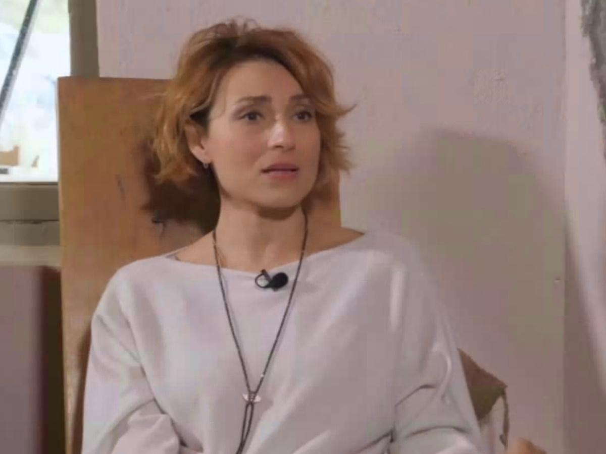 Ευδοκία Ρουμελιώτη: Η τραγική απώλεια της μητέρας της, η αποκάλυψη για την εγκυμοσύνη της και η υιοθεσία