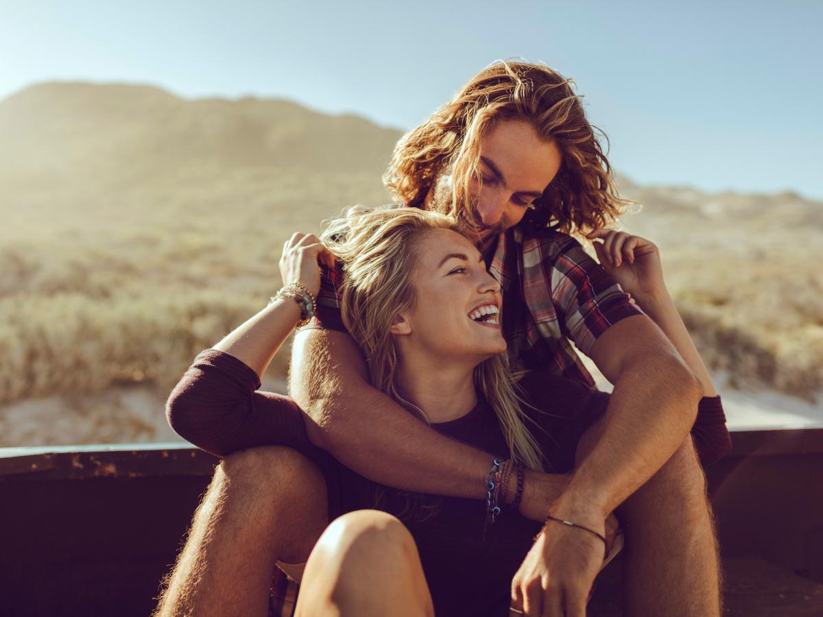 """Οι ευτυχισμένες σχέσεις χρειάζονται αυτά τα 3 """"συστατικά"""" και από τους δύο"""