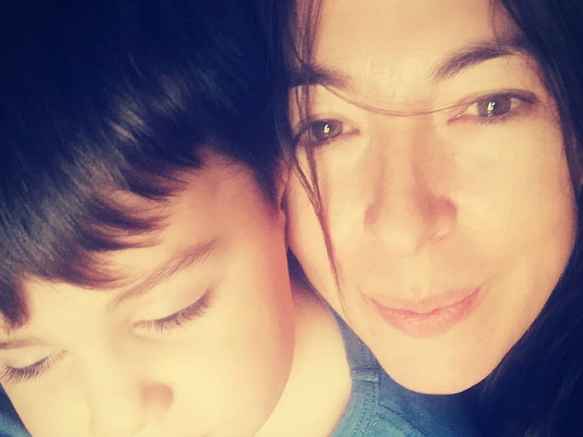 Αλίκη Κατσαβού: Περήφανη μαμά για τον μικρό Φοίβο Βουτσά – Δίνει εξετάσεις στο Tae kwon Do