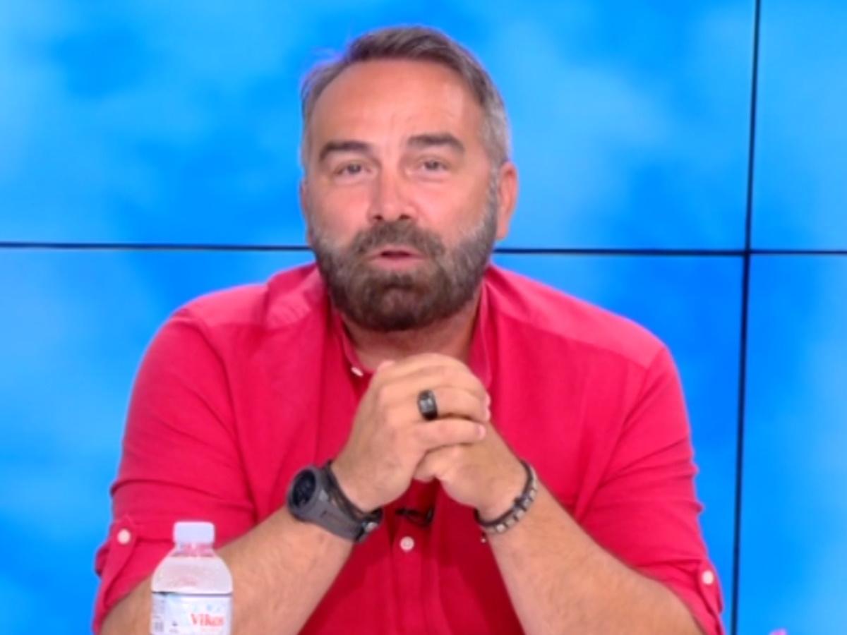 Ευτυχείτε: Ο Γκουντάρας στη θέση της Καινούργιου – Όσα είπε στην έναρξη της εκπομπής