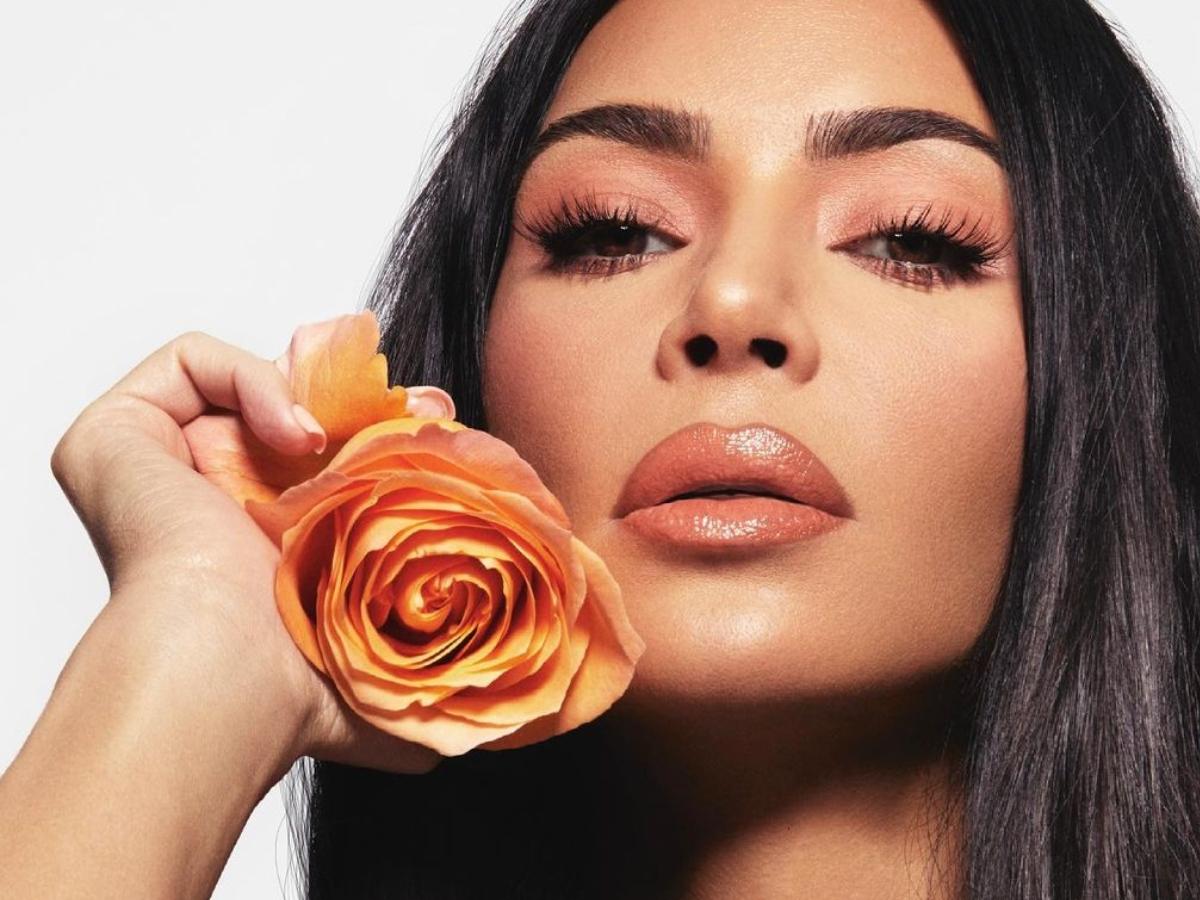 Η Kim Kardashian λανσάρει τα πρώτα κραγιόν σε… βαζάκι