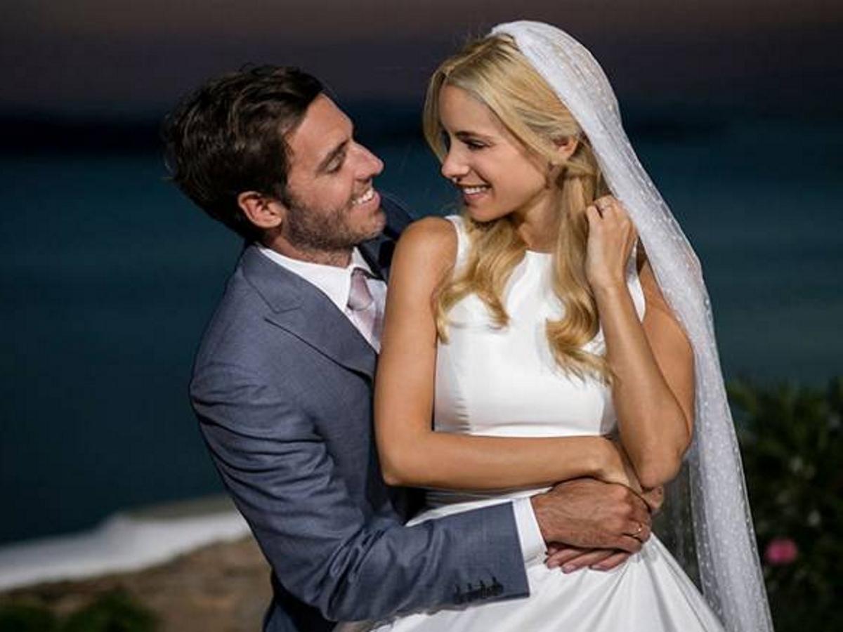 Δούκισσα Νομικού: Έχει επέτειο γάμου – Η σπάνια φωτογραφία με τον σύζυγό της Δημήτρη Θεοδωρίδη και οι ευχές