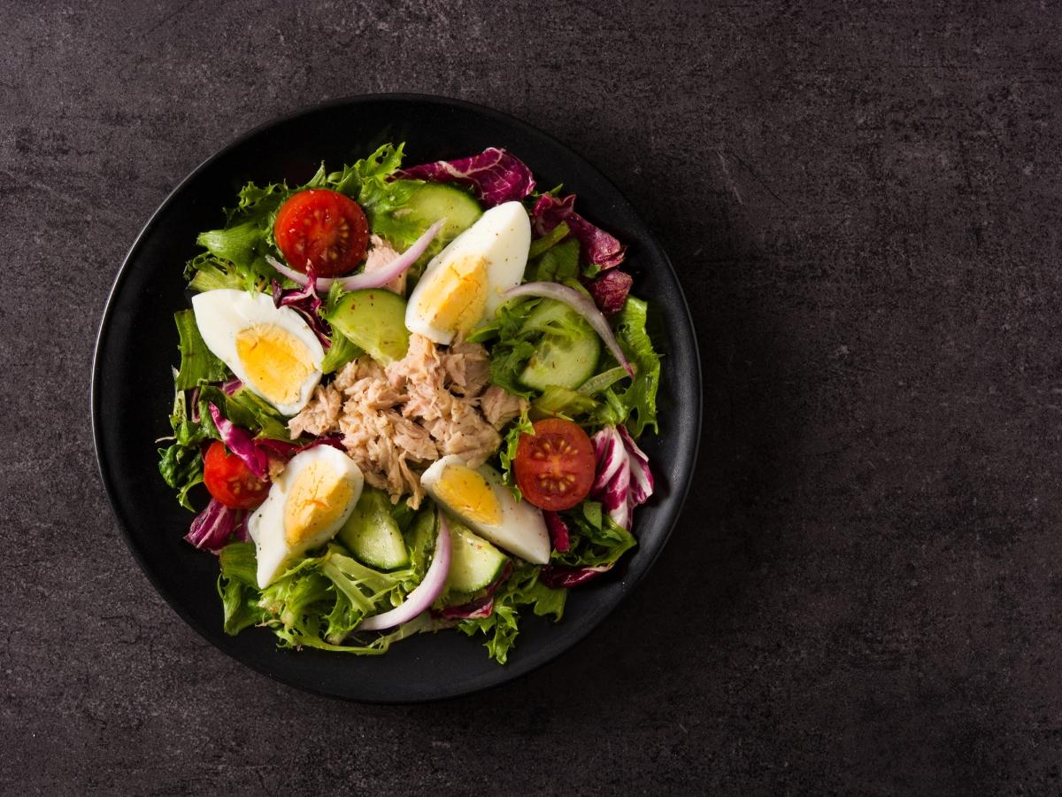Συνταγή για σαλάτα με τόνο και αβγά