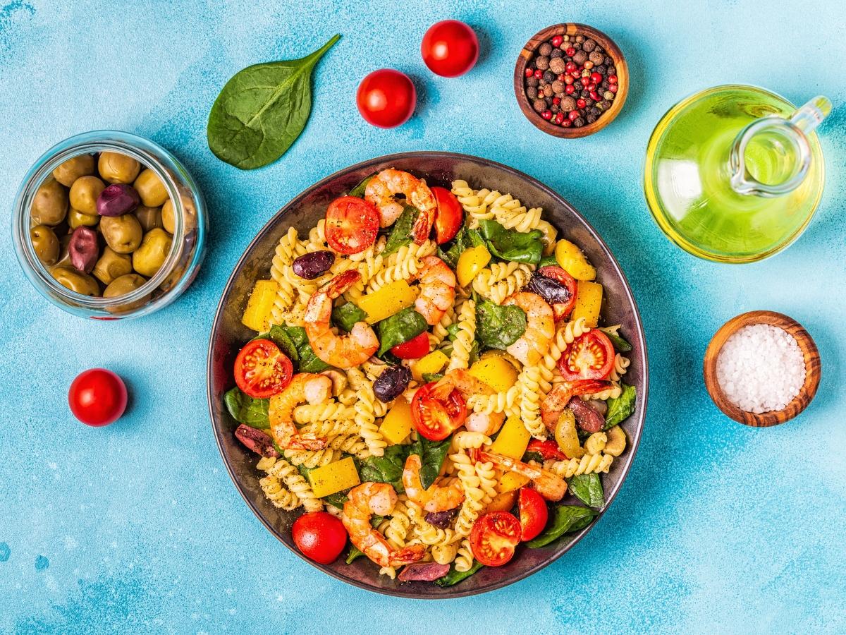 Συνταγή για σαλάτα φούζιλι με γαρίδες