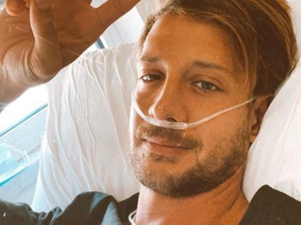 Ηλίας Μπόγδανος: Το αισιόδοξο μήνυμα του τραγουδιστή μέσα απ΄το νοσοκομείο για τη μάχη με τον κορονοϊό