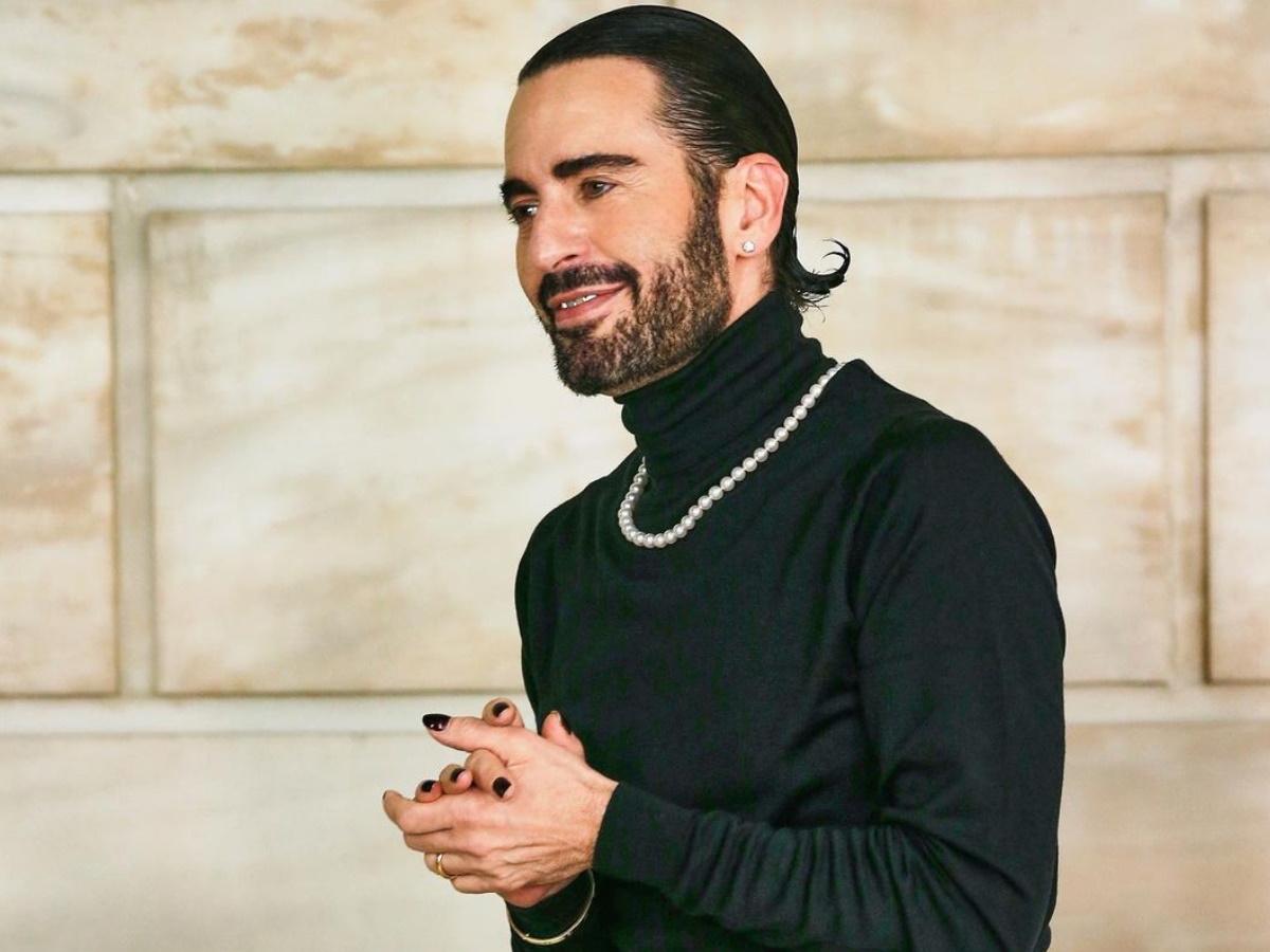 Marc Jacobs: Έκανε λίφτινγκ – Η φωτογραφία που δημοσίευσε με το κεφάλι του τυλιγμένο με γάζες
