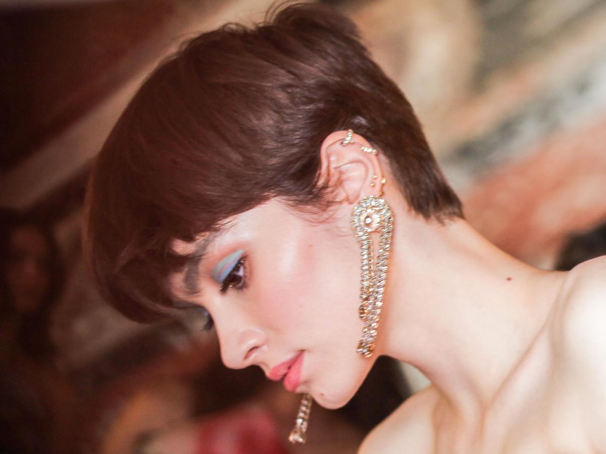 Ξέρουμε όλα τα προϊόντα που χρησιμοποιήθηκαν γι'αυτό το συγκλονιστικό μακιγιάζ στο show του Giorgio Armani Prive