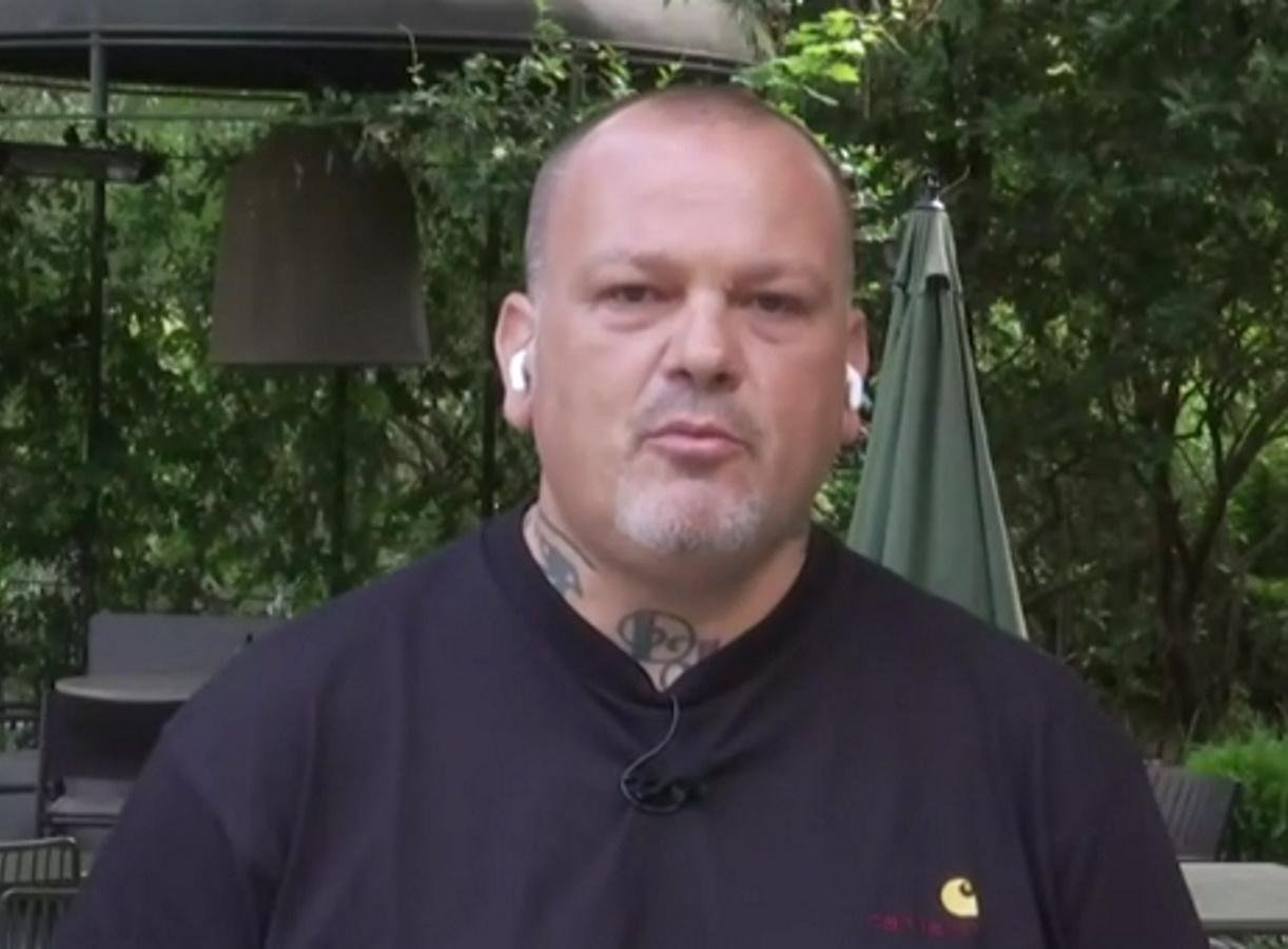 """Δημήτρης Σκαρμούτσος: """"Δεν αισθάνομαι ασφαλής στην κουζίνα με ανεμβολίαστους συναδέλφους"""""""